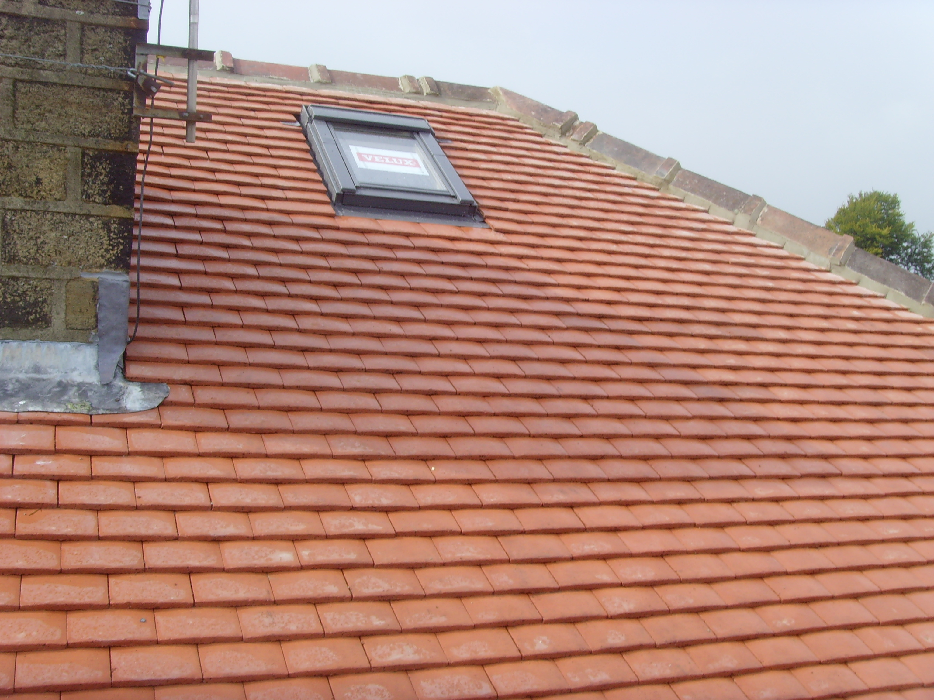 Tiled Roof Uisng Rosemary Clay Tiles Alpine Roofing